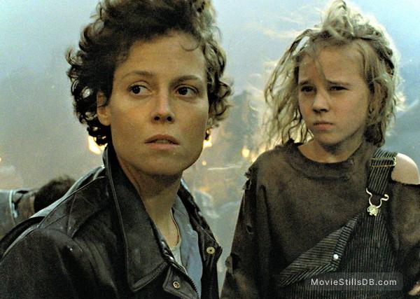 Aliens - Publicity still of Sigourney Weaver & Carrie Henn