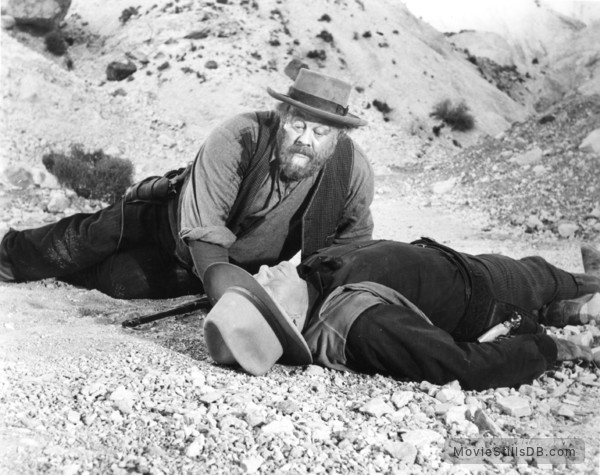 The Big Country - Publicity still of Burl Ives & Charles Bickford