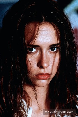 I Still Know What You Did Last Summer - Publicity still of Jennifer Love Hewitt