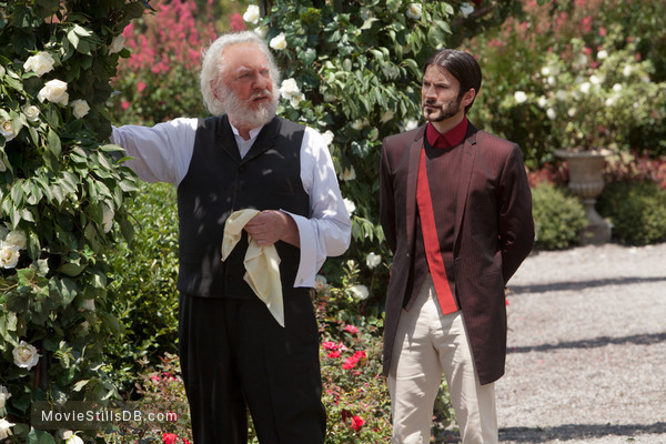 The Hunger Games - Publicity still of Donald Sutherland & Wes Bentley