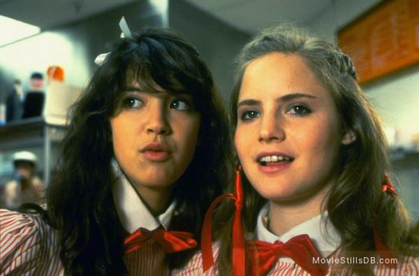 Fast Times At Ridgemont High - Publicity still of Phoebe Cates & Jennifer Jason Leigh