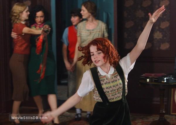 Ballet Shoes - Publicity still of Emma Watson, Yasmin Paige, Lucy Boynton, Emilia Fox & Lucy Cohu