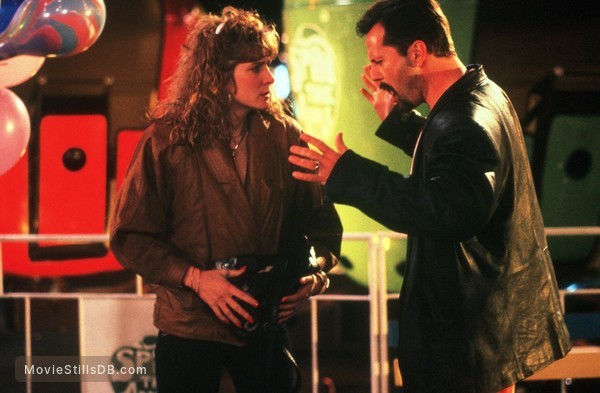 Mortal Thoughts - Publicity still of Bruce Willis & Glenne Headly