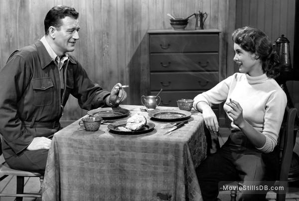 Jet Pilot - Publicity still of John Wayne & Janet Leigh