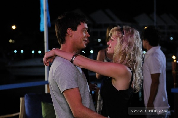 burgess abernethy and cariba heine dating in real life)