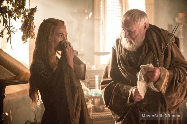 Game of Thrones - Publicity still of Lena Headey & Julian Glover