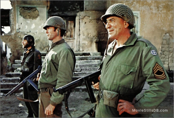 Kelly's Heroes - Publicity still of Clint Eastwood, Donald Sutherland & Telly Savalas