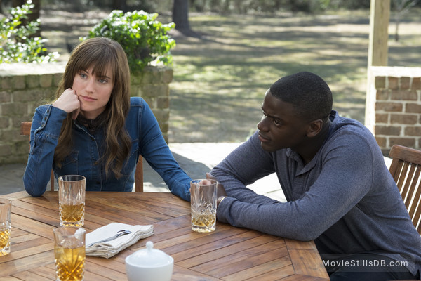 Get Out - Publicity still of Daniel Kaluuya & Allison Williams