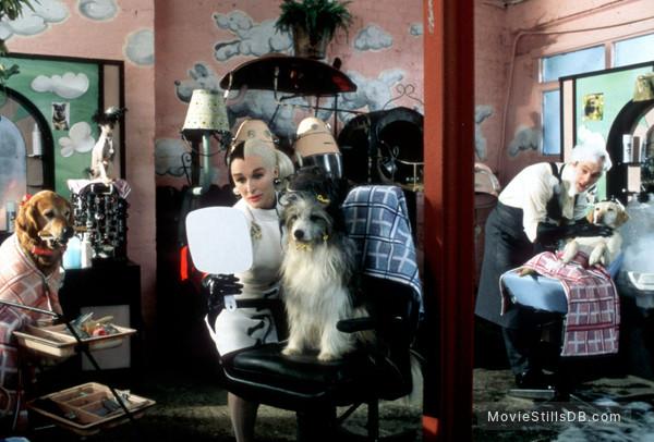 102 Dalmatians - Publicity still of Glenn Close