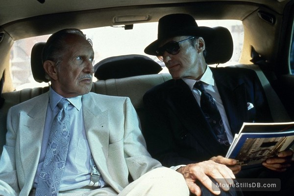 Catchfire - Publicity still of Vincent Price & Fred Ward