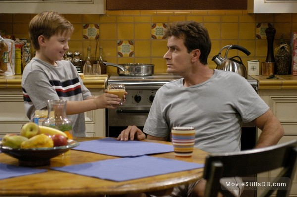 Two and a Half Men - Publicity still of Charlie Sheen & Angus T. Jones
