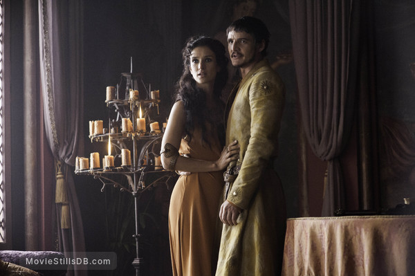 Game of Thrones - Publicity still of Pedro Pascal & Indira Varma