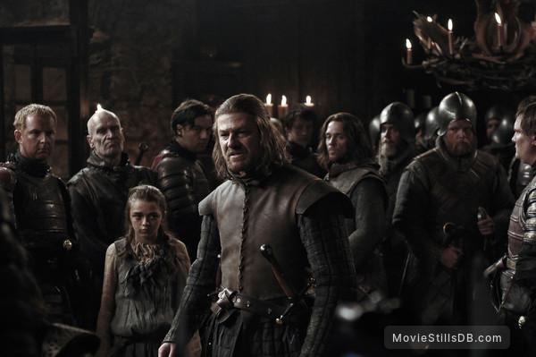 Game of Thrones - Publicity still of Sean Bean, Maisie Williams, Jamie Sives & Wilko Johnson