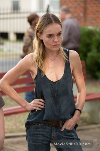 Homefront - Publicity still of Kate Bosworth