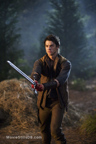 Legend of the Seeker - Publicity still of Craig Horner