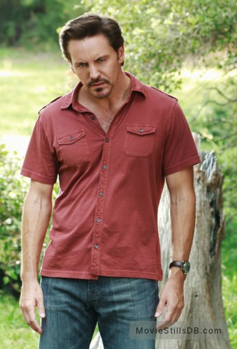 Desperate Housewives Episode 8x07 Publicity Still Of Charles Mesure