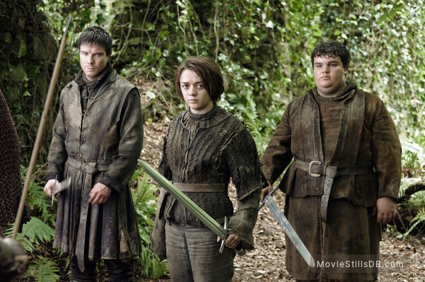 Game of Thrones - Publicity still of Maisie Williams, Ben Hawkey & Joe Dempsie