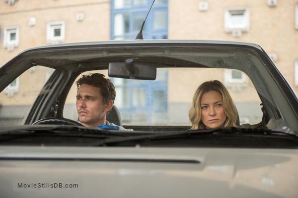 Good People - Publicity still of Kate Hudson & James Franco