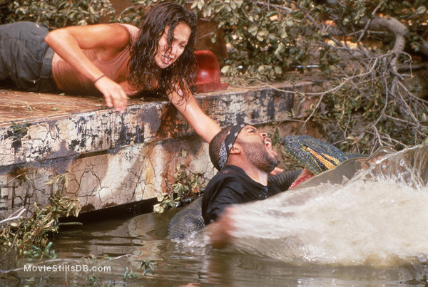 Anaconda - Publicity still of Ice Cube & Jennifer Lopez