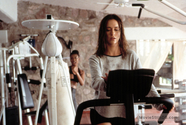 I Still Know What You Did Last Summer - Publicity still of Jennifer Love Hewitt