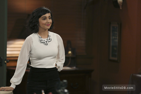 Molly Ephraim royal pains