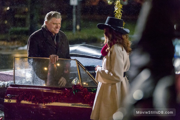 Rocky Mountain Christmas - Publicity still of Lindy Booth & Treat Williams