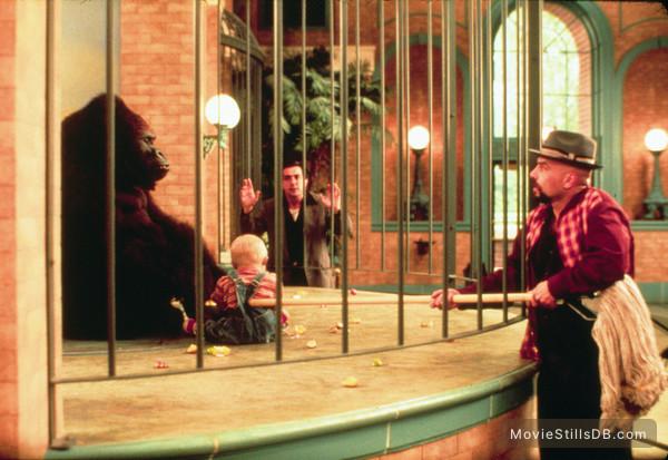 Baby's Day Out - Publicity still of Joe Mantegna & Joe Pantoliano