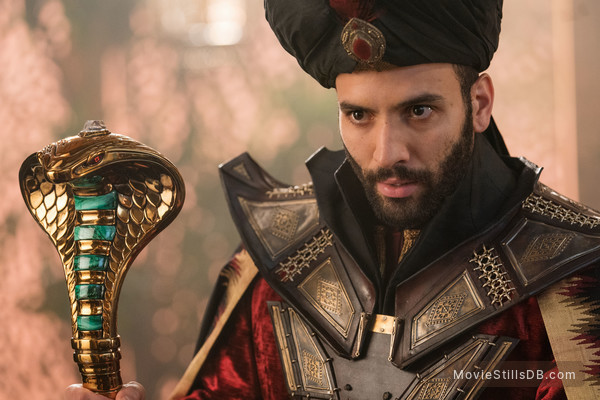 Aladdin - Publicity still of Marwan Kenzari