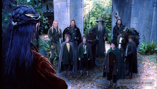 The Lord of the Rings: The Fellowship of the Ring - Publicity still of Orlando Bloom, Sean Bean, Ian McKellen, Viggo Mortensen, John Rhys-Davies, Elijah Wood, Sean Astin, Billy Boyd & Dominic Monaghan