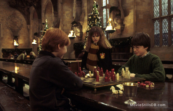 Harry Potter and the Sorcerer's Stone - Publicity still of Emma Watson, Daniel Radcliffe & Rupert Grint