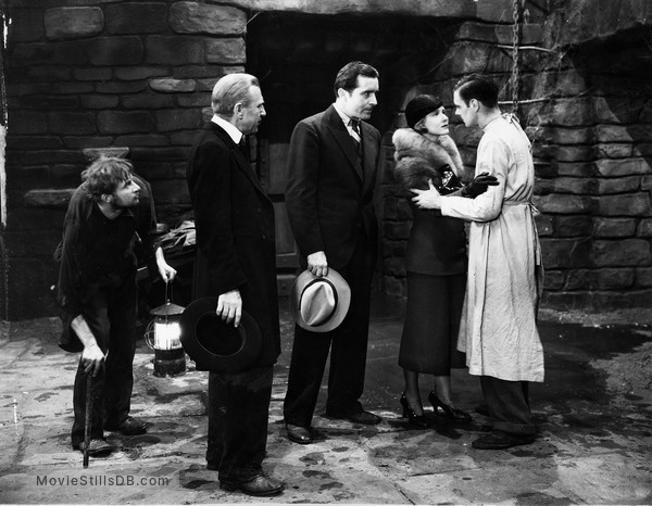 Frankenstein - Publicity still of Dwight Frye, Edward Van Sloan, John Boles, Mae Clarke & Colin Clive
