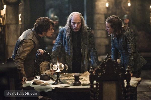 Game of Thrones - Publicity still of Alfie Allen, Gemma Whelan & Patrick Malahide