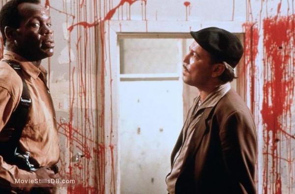 Predator 2 - Publicity still of Danny Glover & Rubén Blades
