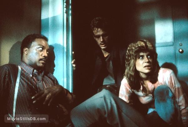The Terminator - Publicity still of Paul Winfield, Linda Hamilton & Michael Biehn