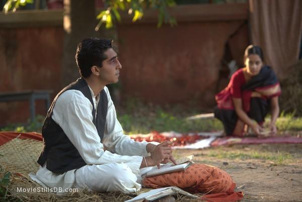 The Man Who Knew Infinity - Publicity still of Dev Patel