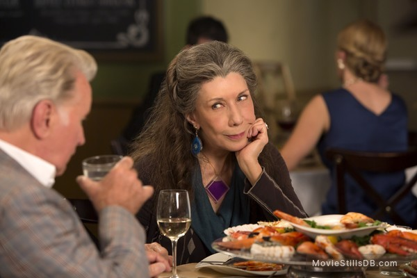 Grace and Frankie - Publicity still of Martin Sheen & Lily Tomlin