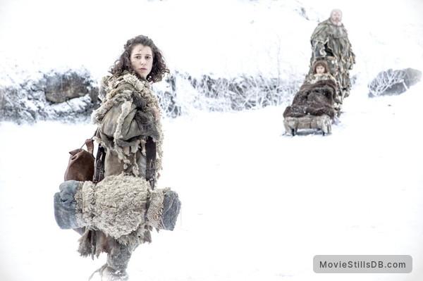 Game of Thrones - Publicity still of Kristian Nairn, Isaac Hempstead-Wright & Ellie Kendrick