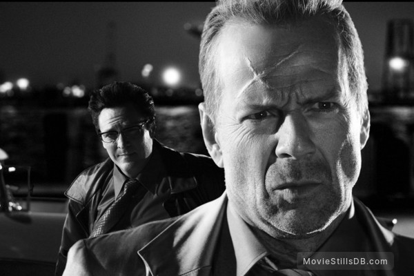Sin City - Publicity still of Bruce Willis & Michael Madsen