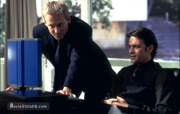 Mission: Impossible II - Publicity still of Dougray Scott & Richard Roxburgh