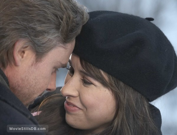 What If God Were the Sun? - Publicity still of Lacey Chabert & Sam Trammell