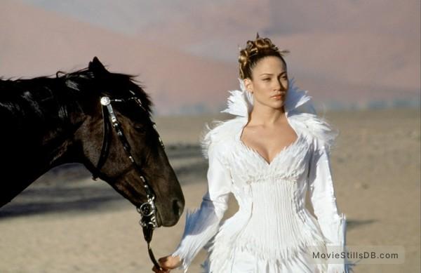 The Cell - Publicity still of Jennifer Lopez