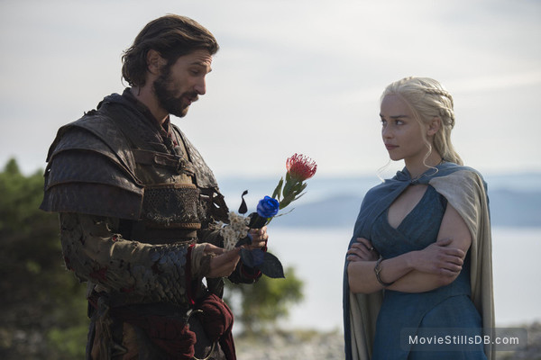 Game of Thrones - Publicity still of Michiel Huisman & Emilia Clarke