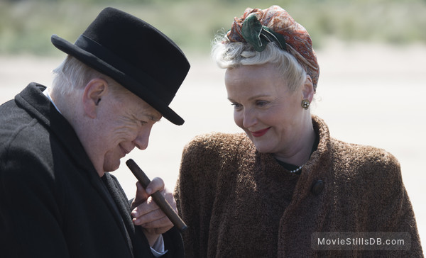 Churchill - Publicity still of Brian Cox & Miranda Richardson