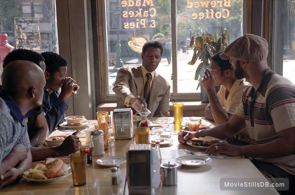 American Gangster - Publicity still of Denzel Washington, Chiwetel Ejiofor & Common