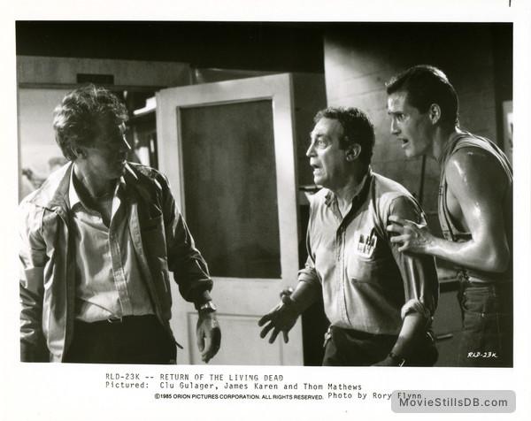 The Return of the Living Dead - Publicity still of Clu Gulager, James Karen & Thom Mathews