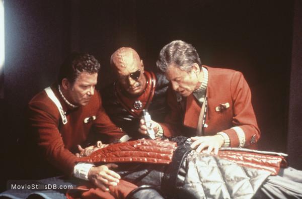 Star Trek: The Undiscovered Country - Publicity still of William Shatner, DeForest Kelley & Christopher Plummer