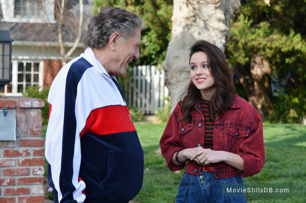 The Goldbergs - Publicity still of George Segal & Hayley Orrantia
