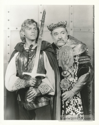 Wizards and Warriors - Publicity still of Jeff Conaway & Thomas Hill