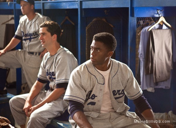 42 - Publicity still of Chadwick Boseman & Hamish Linklater