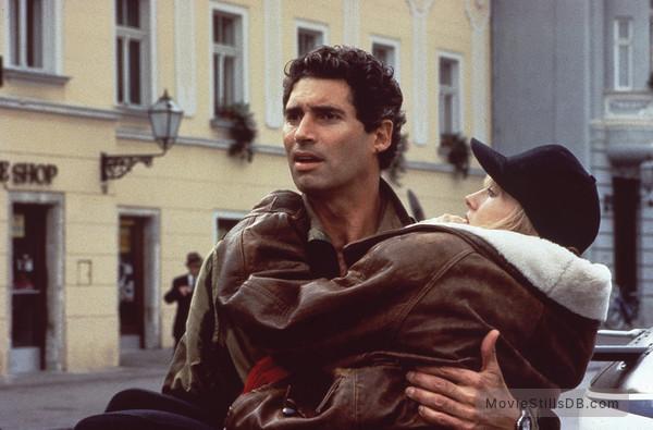 Fatal Sky - Publicity still of Michael Nouri & Darlanne Fluegel
